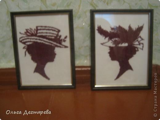 Девушки в шляпах  (женские головы). Монохром. фото 1