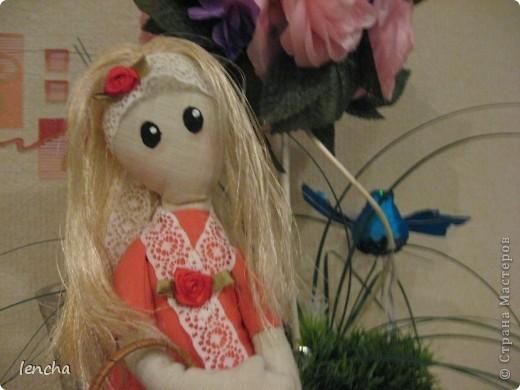 Здравствуйте, мои дорогие жители Страны Мастеров!!! Сегодня хочу показать вам свою новую куколку.  Она мне не нравится, но, всё равно решила вам её показать (т.к. хоть хороший, хоть плохой, но...опыт есть опыт) Даже не знаю, как её назвать...... фото 3
