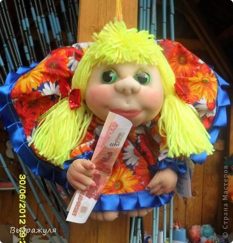 Вот таких кукол нашила на июньскую ярмарку. Шью теперь на даче. Совсем мало куклёш удаётся шить. Совмещать работу, дачу , кукол и внуков тяжеловатоооооо. Поэтому уже что уж есть. Вот такие девчонки. фото 3