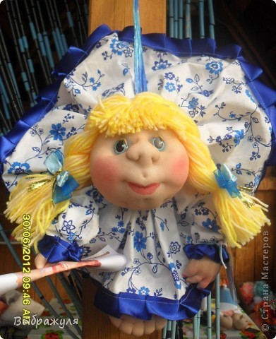 Вот таких кукол нашила на июньскую ярмарку. Шью теперь на даче. Совсем мало куклёш удаётся шить. Совмещать работу, дачу , кукол и внуков тяжеловатоооооо. Поэтому уже что уж есть. Вот такие девчонки. фото 8