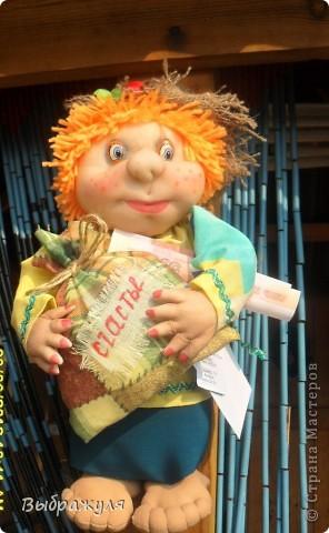 Вот таких кукол нашила на июньскую ярмарку. Шью теперь на даче. Совсем мало куклёш удаётся шить. Совмещать работу, дачу , кукол и внуков тяжеловатоооооо. Поэтому уже что уж есть. Вот такие девчонки. фото 9