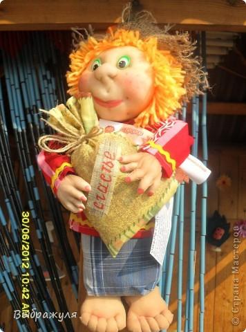 Вот таких кукол нашила на июньскую ярмарку. Шью теперь на даче. Совсем мало куклёш удаётся шить. Совмещать работу, дачу , кукол и внуков тяжеловатоооооо. Поэтому уже что уж есть. Вот такие девчонки. фото 10
