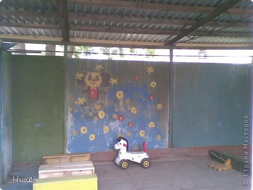 Покрасить веранду в детском саду? Легко! Если подойти творчески к этому процессу, получится вот такая красота! фото 13