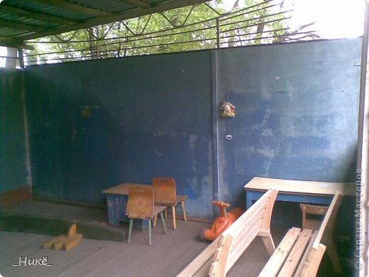 Покрасить веранду в детском саду? Легко! Если подойти творчески к этому процессу, получится вот такая красота! фото 10