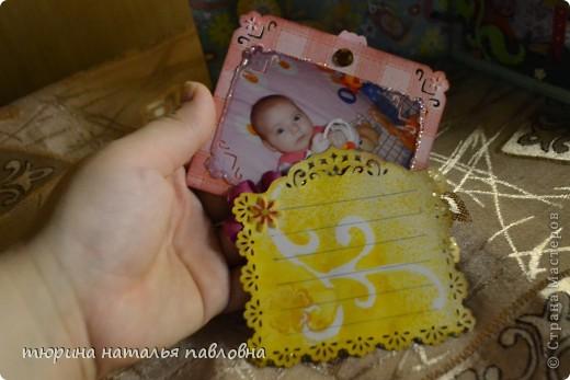 Наконец то доделала альбомчик для второй младшей дочурки. Мучить коментами не буду, смотрите сами))) фото 12
