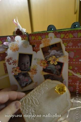 Наконец то доделала альбомчик для второй младшей дочурки. Мучить коментами не буду, смотрите сами))) фото 15