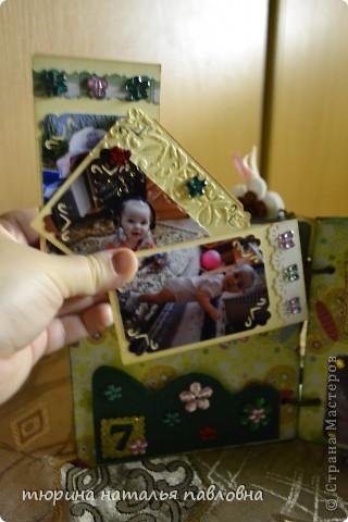 Наконец то доделала альбомчик для второй младшей дочурки. Мучить коментами не буду, смотрите сами))) фото 17