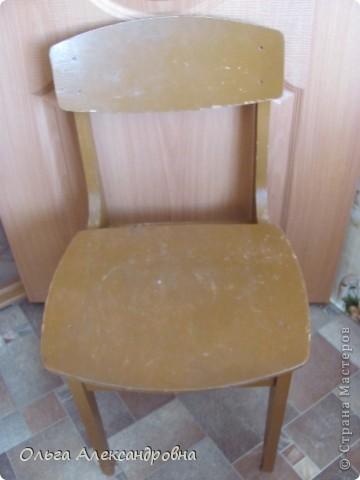 Продолжаю благоустраивать дачу. Вот такие стульчики у меня получились из стульев советских времен.  фото 2