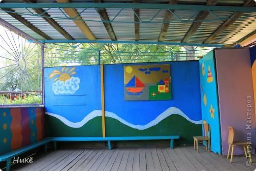 Покрасить веранду в детском саду? Легко! Если подойти творчески к этому процессу, получится вот такая красота! фото 15