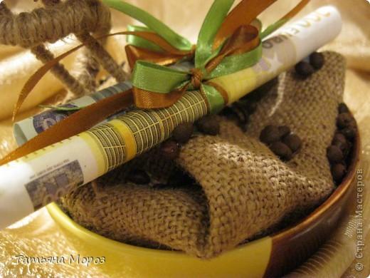 Добрый вечер/ночер, мои дорогие! Выставляю на Ваш суд мои новые рукоделки, которые были подарены любимой сестричке на День рождения. фото 3