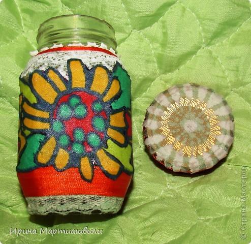 Декор предметов Аппликация Баночки Банки стеклянные Бисер Клей Нитки фото 7.