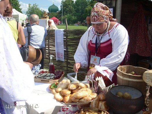 Доброго времени суток МОИ ДОРОГИЕ!!!!! Приглашая Вас на фестиваль славянского искусства РУССКОЕ ПОЛЕ в Коломенском.  Это просто рай для рукодельниц.  фото 27