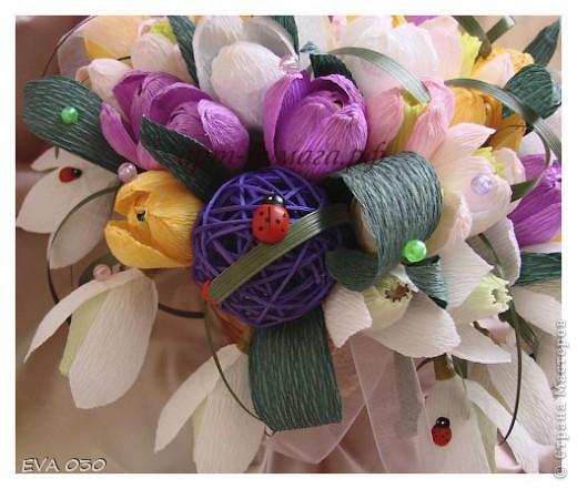 Эту работу я делала на заказ, по приблизительным подсчетам получилось около 60 цветочков, крокусы и подснежники. фото 4