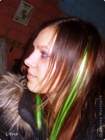 В очередной раз доплетая косы своей дочери я вдруг подумала, а сколько же раз я плела косички своим дочкам в таком объеме? Оказалось что уже лет 8 я хотя бы раз в год это делаю. И решила собрать все наши эксперименты с волосами... Эту прическу я уже выставляла в посте где описывала выпускной образ, но повторюсь Подробнее об образе http://stranamasterov.ru/node/385587  фото 23
