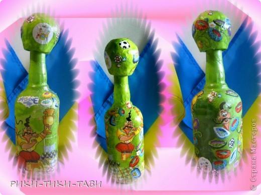 Мы любим футбол всей семьей! В честь Евро-2012 оформила пару бутылочек))) Что получилось, смотрите сами фото 2