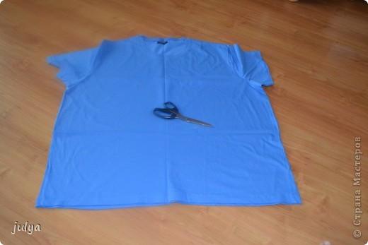 """Дорогие мастерицы, выставляю на ваш суд очередную мою работу из цикла """"утилизация старых футболок"""", а так же небольшой МК. На этот раз старая футболка мужа превратилась в украшение на шею, он же декоративный шарф!!!  фото 3"""