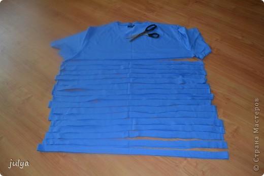 """Дорогие мастерицы, выставляю на ваш суд очередную мою работу из цикла """"утилизация старых футболок"""", а так же небольшой МК. На этот раз старая футболка мужа превратилась в украшение на шею, он же декоративный шарф!!!  фото 4"""