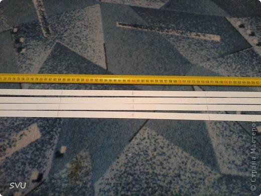 Корзинка из упаковочной (полипропиленовой, стреппинг) ленты на 7-8 литров. фото 3