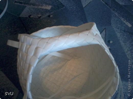 Корзинка из упаковочной (полипропиленовой, стреппинг) ленты на 7-8 литров. фото 42