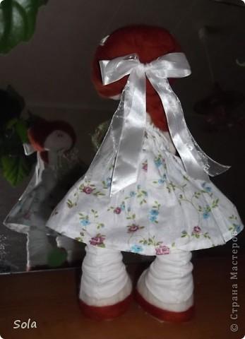 Доброго времени суток!  Завтра у мамы день рождения, вот проснется утром, а на тумбочке она, да с букетом...  фото 3