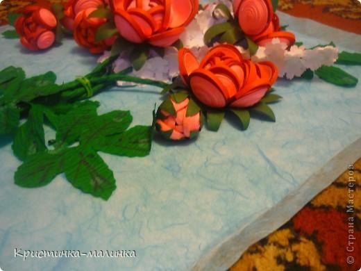 """Здравствуйте, жительницы, Страны Мастеров""""! Представляю на Ваш суд свою новую работу. Как раз сегодня и повод для этого имеется... Праздник """"Семьи, Любви и Верности. Букет состоит из роз с бутонами, сделанный по МК Ольги Ольшак, и цветов МК Елен 15.12. Спасибо им за подробный МК!  фото 7"""