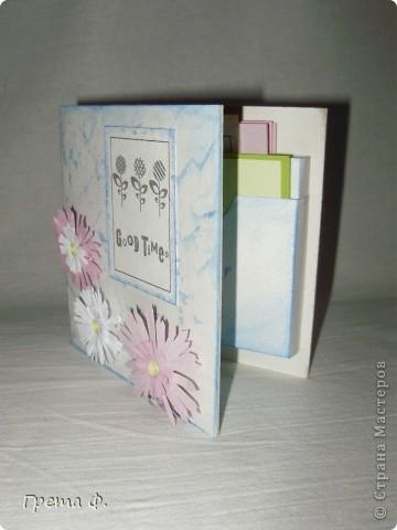 Что-то вроде блокнота с кучей кармашков для бумаги. В качестве подарка для девочки, которая ужасно любит всякие милые бумажные вещицы. фото 1