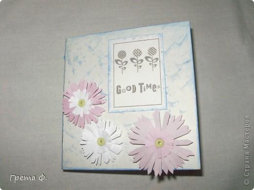 Что-то вроде блокнота с кучей кармашков для бумаги. В качестве подарка для девочки, которая ужасно любит всякие милые бумажные вещицы. фото 3