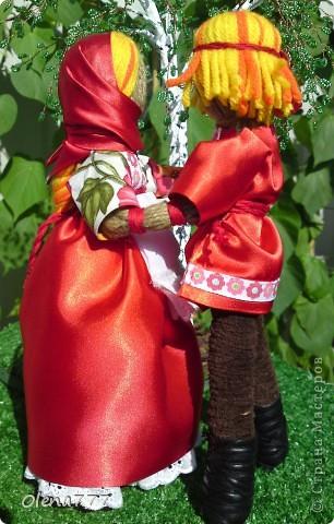 Доброго дня и ночи Страна Мастеров! Эта пара неразлучников гибких сделана по подробнейшему МК чудесной мастерицы обереговых кукол Aristova-Jacquemin Lydia вот ссылка http://stranamasterov.ru/node/246478 фото 5