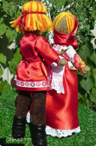 Доброго дня и ночи Страна Мастеров! Эта пара неразлучников гибких сделана по подробнейшему МК чудесной мастерицы обереговых кукол Aristova-Jacquemin Lydia вот ссылка http://stranamasterov.ru/node/246478 фото 7