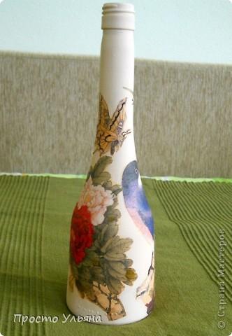 Всем привет!Хочу показать вам мою очередную бутылочку,которую я сделала вчера вечером(поэтому она ещё не покрыта лаком),эту бутылочку я сделала для маминой подруги,надеюсь ей понравится))Приступаем к просмотру))Птички ,вторую не видно фото 4