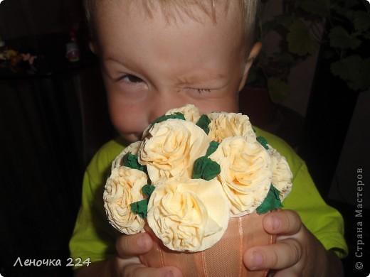 Крёстная попросила сделать именно такой:маленькая основа и большие цветы! фото 3