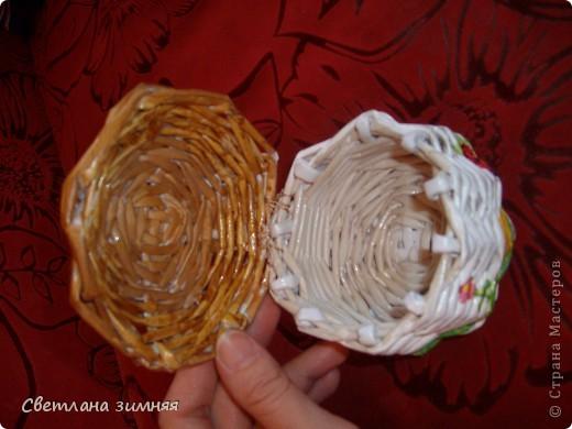 Грибок-шкатулка для мелочей.Мой первый опыт плетения по кругу.Ну и декупаж салфеткой,чтоб совсем страшно не выглядело. фото 2