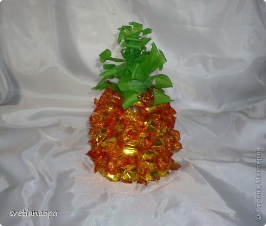 Конфетный ананас -проба пера