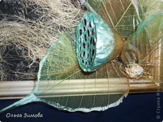 Вот такое панно я сделала в подарок на день рождения своей коллеге по работе. Я использовала сухие цветы лотоса, чубак лотоса и скелетированые  листья. Декорировала сизалью.. фото 3
