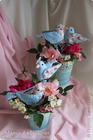 Пташки в цветах фото 9