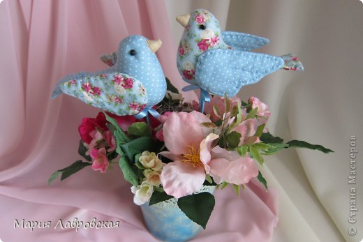 Пташки в цветах фото 5