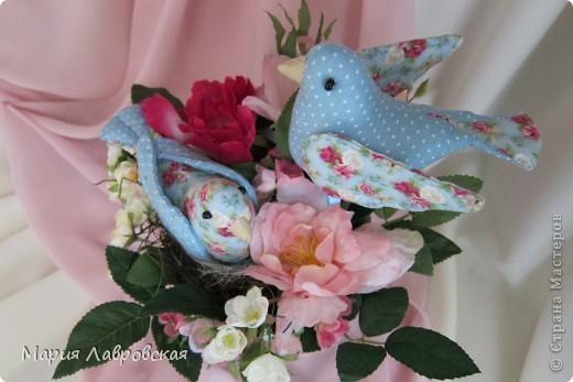 Пташки в цветах фото 7