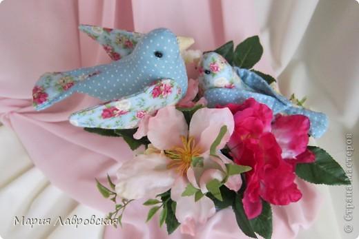 Пташки в цветах фото 8