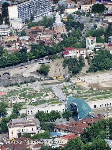 вид на р.Куру и Тбилиси со стен старинной крепости фото 2