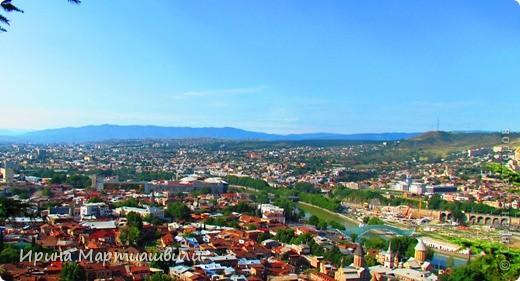 вид на р.Куру и Тбилиси со стен старинной крепости фото 9
