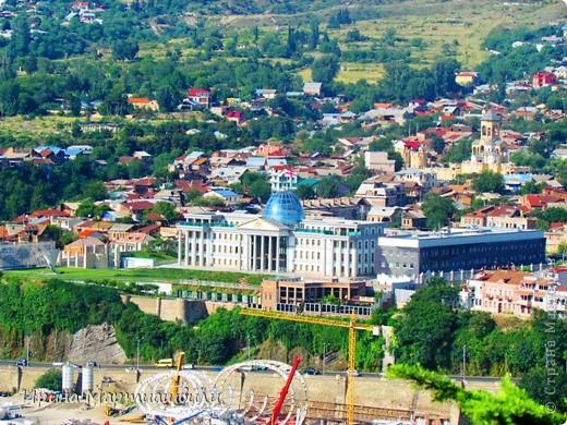 вид на р.Куру и Тбилиси со стен старинной крепости фото 11