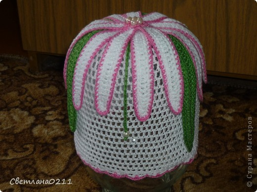 Эту шапочку связала на заказ одной маленькой девочке. Схемку  брала http://club.osinka.ru/topic-51742?p=4353000#4353000 , конечно со своими изменениями фото 4