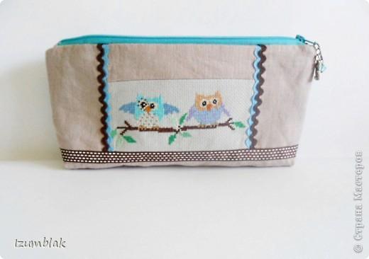 """Не могу остановиться, вышиваю совушек :)) Так и появилась эта косметичка, подходящая к сумке """"Совушки""""(http://stranamasterov.ru/node/377993)  фото 1"""