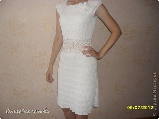 Платье, связанное спицами