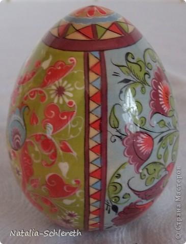 Яйцо выполнено в Борецкой росписи. Яйцо двустороннее-на каждой из половинок свое,но связанное общим замыслом,изображение. фото 3
