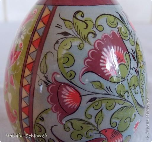 Яйцо выполнено в Борецкой росписи. Яйцо двустороннее-на каждой из половинок свое,но связанное общим замыслом,изображение. фото 8