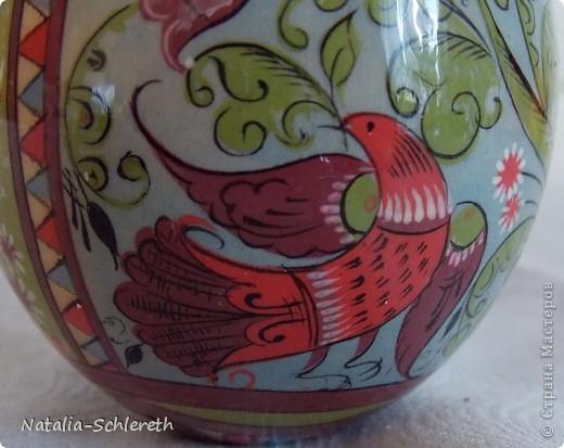 Яйцо выполнено в Борецкой росписи. Яйцо двустороннее-на каждой из половинок свое,но связанное общим замыслом,изображение. фото 4