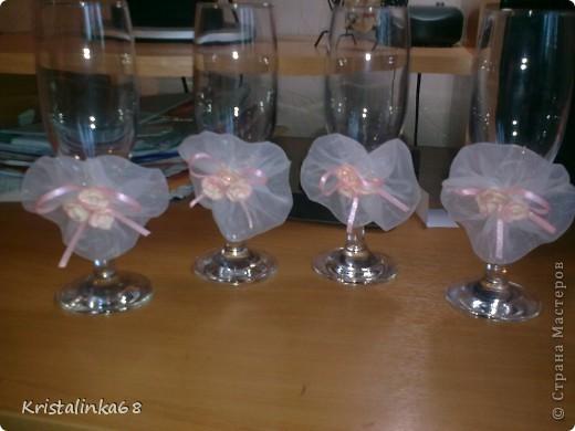 Для жениха с невестой и свидетелей))) Розы из пластичной массы.