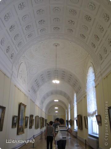 Возле Эрмитажа мы с вами уже погуляли, а теперь войдём в него. Портретная галерея героев войны 1812 года (если не ошибаюсь). Можете меня поправить. фото 14