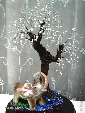 Дерево из камней фото 2